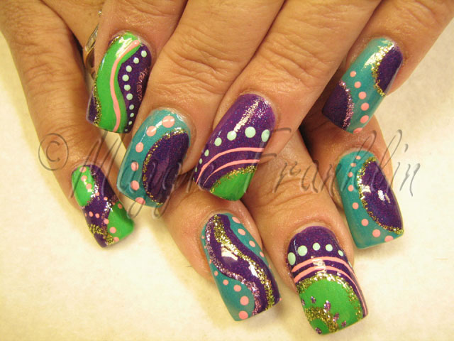 powder glaze nail with handpainted nail art